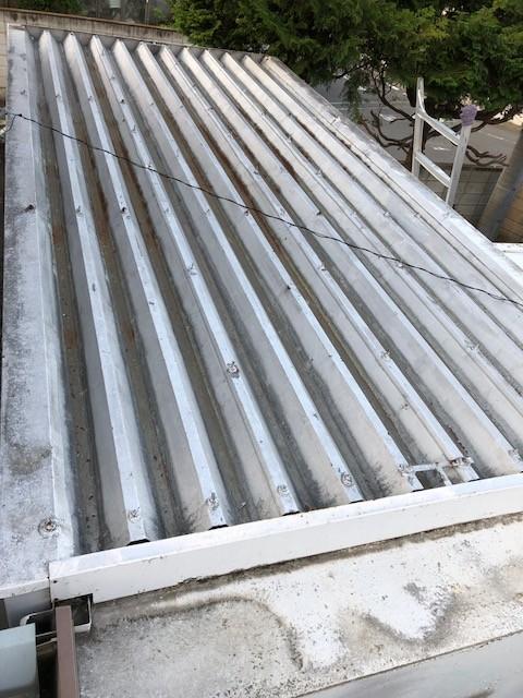 折板屋根重ね葺き