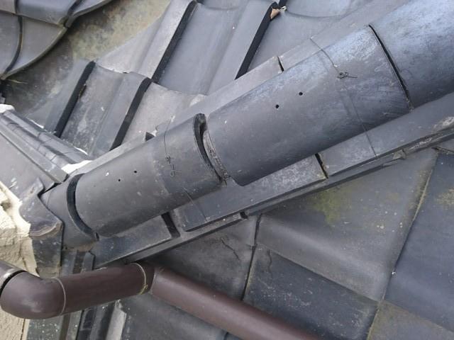 群馬県安中市で南蛮漆喰を使って歪んだ隅棟を取り直し工事