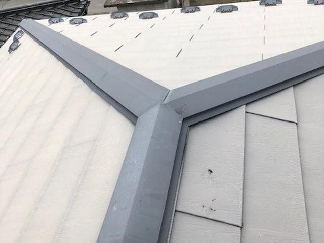 ガルバリウム鋼板棟板金