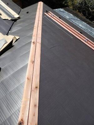 屋根カバー工法 貫板
