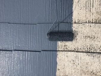 スレート屋根塗装工事(中塗り)