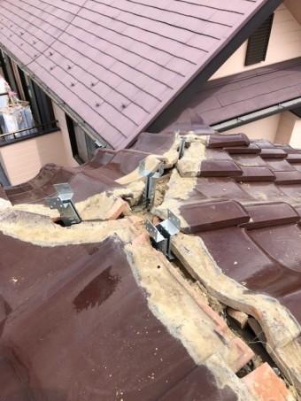 棟瓦の補強工事